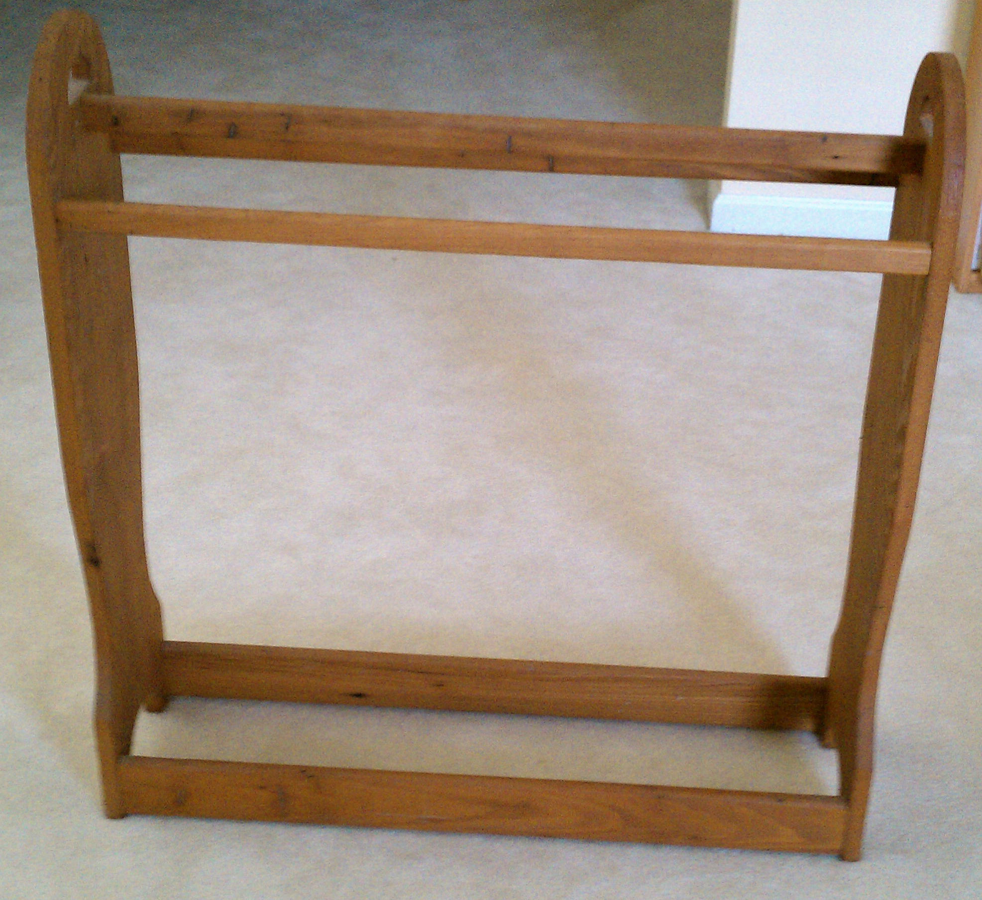 wooden quilt rack price