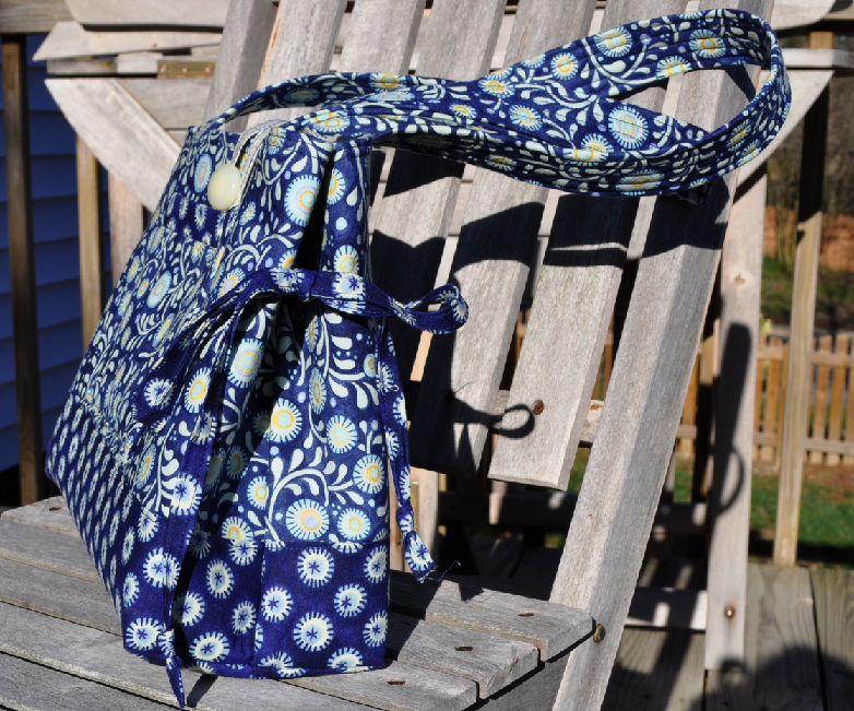 Mini Bow Tucks Tote - Side